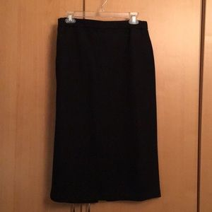 Black straight Uniqlo skirt